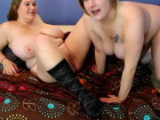 PLUMPER CC and Friend Lesbian Love