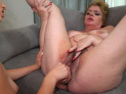 Gymnast daughter humps hefty wooly mom