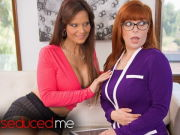 Seducing My Therapist – Penny pax & Syren De Mer