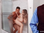 Plump wifey drilled by delivery guy